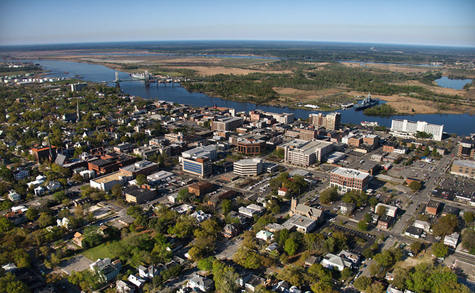 Major Wilmington businesses include GE and NHRMC