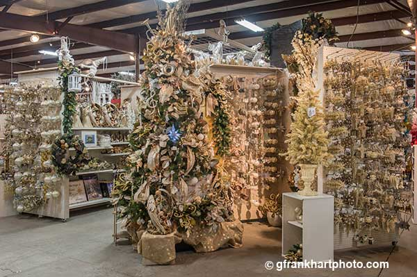 Wilmington's largest supplier of Christmas Decoration