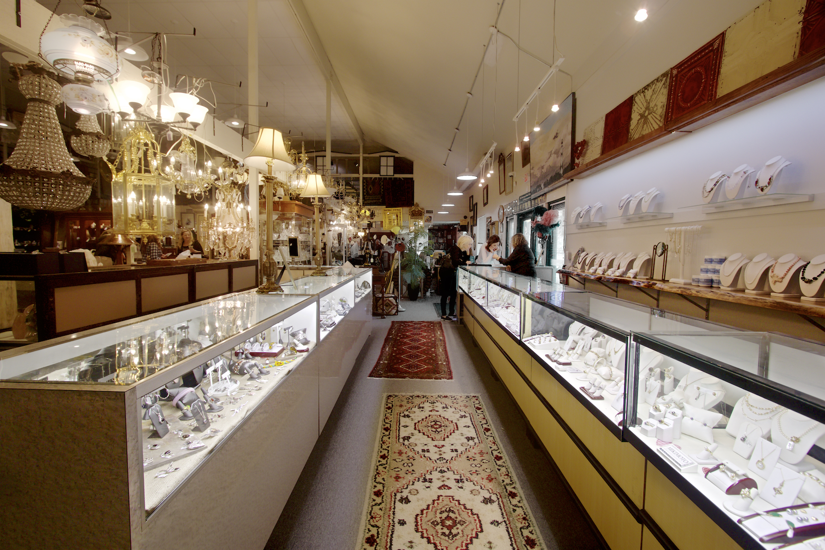 The Ivy Cottage: Your Source for Fine Estate Jewelry this Valentine's Day